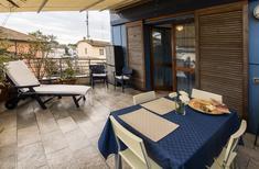 Apartamento 1145236 para 4 adultos + 1 niño en Marina di Ravenna