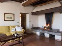 Appartement 1145330 voor 6 personen in Pergine Valdarno