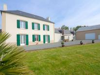 Holiday home 1145656 for 7 persons in Saint-Malo