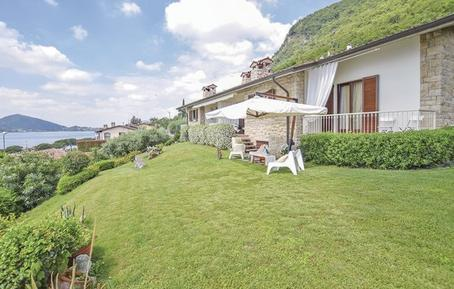 Holiday home 1149179 for 6 persons in Sarnico