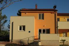 Ferienhaus 1149447 für 6 Personen in Ližnjan