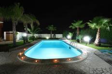 Villa 1151182 per 10 persone in Parabita