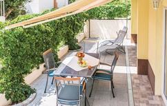 Ferienwohnung 1154534 für 4 Personen in Makarska