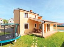 Holiday home 1159317 for 6 persons in Pula
