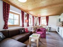 Vakantiehuis 1159936 voor 35 personen in Saalbach-Hinterglemm