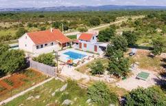 Casa de vacaciones 1160170 para 8 personas en Pakovo Selo