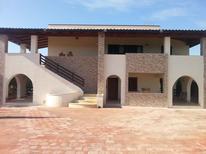 Appartement 1160374 voor 4 personen in Ognina