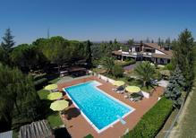 Holiday home 1161026 for 10 persons in Assisi