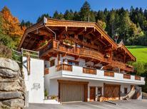 Ferienwohnung 1162286 für 10 Personen in Mayrhofen