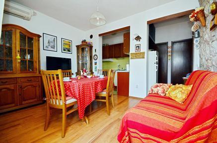 Appartement 1162969 voor 5 personen in Okrug Gornji