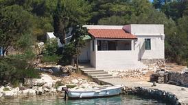 Semesterhus 1163759 för 4 personer i Dragisina Bucht