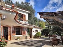 Ferienhaus 1167663 für 7 Personen in Massa Lubrense