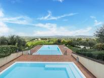 Ferienwohnung 1167710 für 4 Personen in Asciano