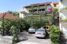 Ferienwohnung 1168865 für 3 Personen in Trpanj