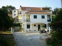 Holiday apartment 1169797 for 5 persons in Jelsa