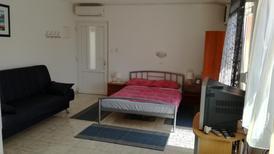 Appartement 1171354 voor 4 personen in Barbat na Rabu