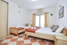 Studio 1173398 for 3 persons in Tivat