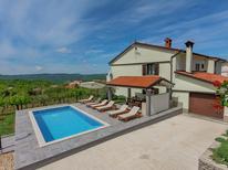 Ferienwohnung 1173490 für 6 Personen in Cerovlje