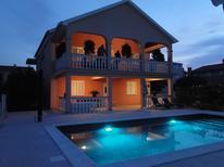 Ferienwohnung 1174146 für 3 Personen in Bibinje