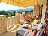 Holiday apartment 1174502 for 5 persons in Sućuraj