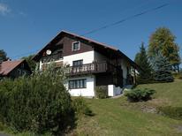 Vakantiehuis 1176049 voor 9 personen in Jestrabi v Krkonosich