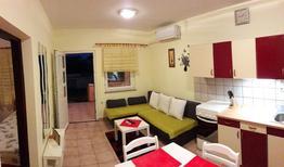 Appartamento 1176561 per 6 persone in Povljana