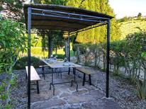Ferienwohnung 1177359 für 4 Personen in Radda in Chianti