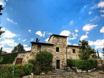 Ferienwohnung 1177360 für 4 Personen in Radda in Chianti