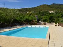 Ferienhaus 1177953 für 8 Personen in Les Vans