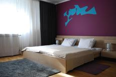 Room 1180961 for 2 adults + 1 child in Zagreb