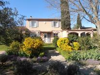 Rekreační dům 1181349 pro 6 osoby v Saint-Quentin-la-Poterie
