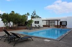 Dom wakacyjny 1183122 dla 8 dorośli + 2 dzieci w Costa Teguise