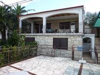 Appartement 1183759 voor 5 personen in Seget Vranjica