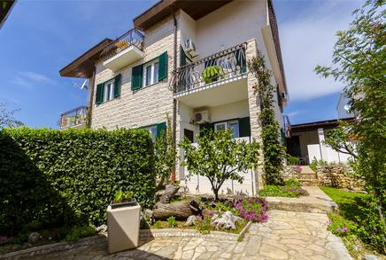 Appartamento 1184787 per 4 persone in Okrug Gornji