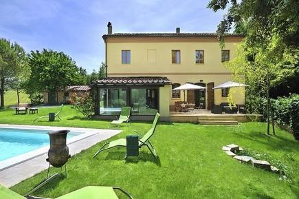 Villa 1185216 per 8 persone in Montemaggiore al Metauro