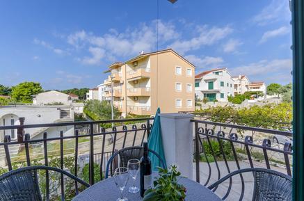 Appartamento 1185362 per 4 persone in Okrug Gornji