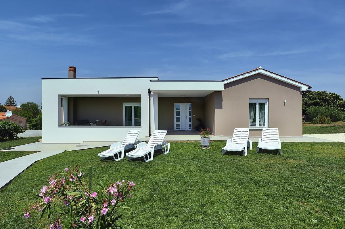 vakantiehuis voor 6 personen in pula atraveo objectnr 1186336. Black Bedroom Furniture Sets. Home Design Ideas