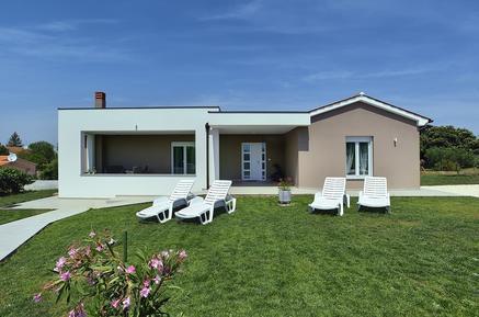 Villa 1186336 per 6 persone in Pola
