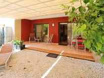 Holiday apartment 1186505 for 4 persons in Urbanitzacio l'Eucaliptus