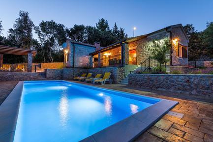 Villa 1186704 per 6 adulti + 2 bambini in Posedarje