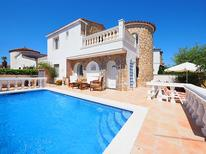 Holiday home 1187533 for 6 persons in Empuriabrava