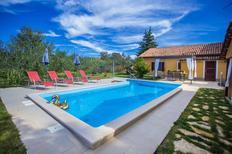 Vakantiehuis 1188132 voor 4 volwassenen + 2 kinderen in Kaštelir
