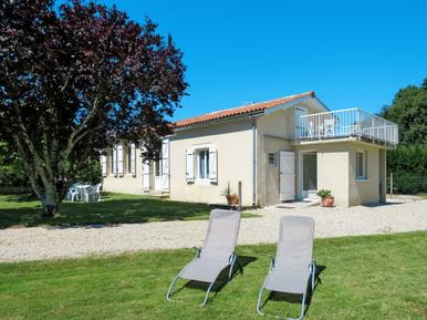 Holiday home 1189656 for 5 persons in Bégadan