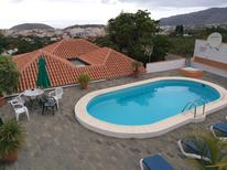Holiday home 1193453 for 4 adults + 1 child in Los Llanos de Aridane