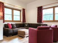 Ferienhaus 1193871 für 24 Personen in Saalbach-Hinterglemm
