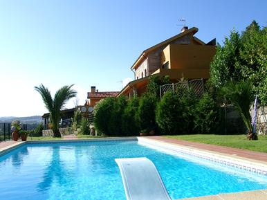 Holiday home 1194651 for 16 persons in Bustelo