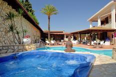 Ferienhaus 1199458 für 8 Personen in Castellammare del Golfo