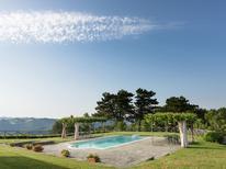 Vakantiehuis 1201048 voor 16 personen in Tredozio