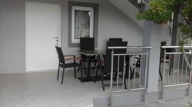 Ferienwohnung 1201384 für 4 Personen in Vodice