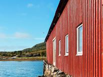 Holiday home 1205634 for 9 persons in Lysøysundet